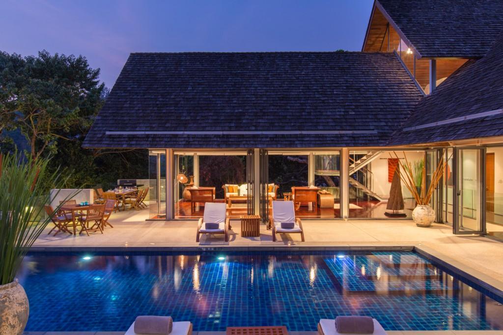 Enchanting 4 Bedrooms Oceanside Villa In Phuket  U22c6 Luxury